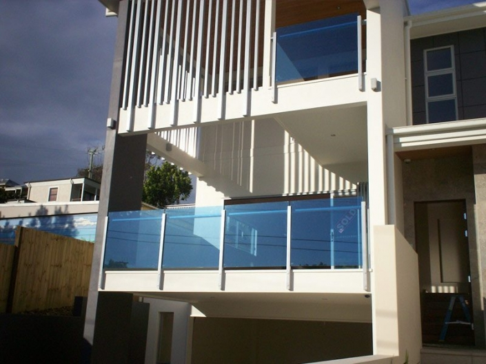 coloured-balustrade-film-cooltone-coloured-solar-film
