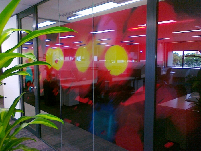 cooltone-printed-glass-graphics